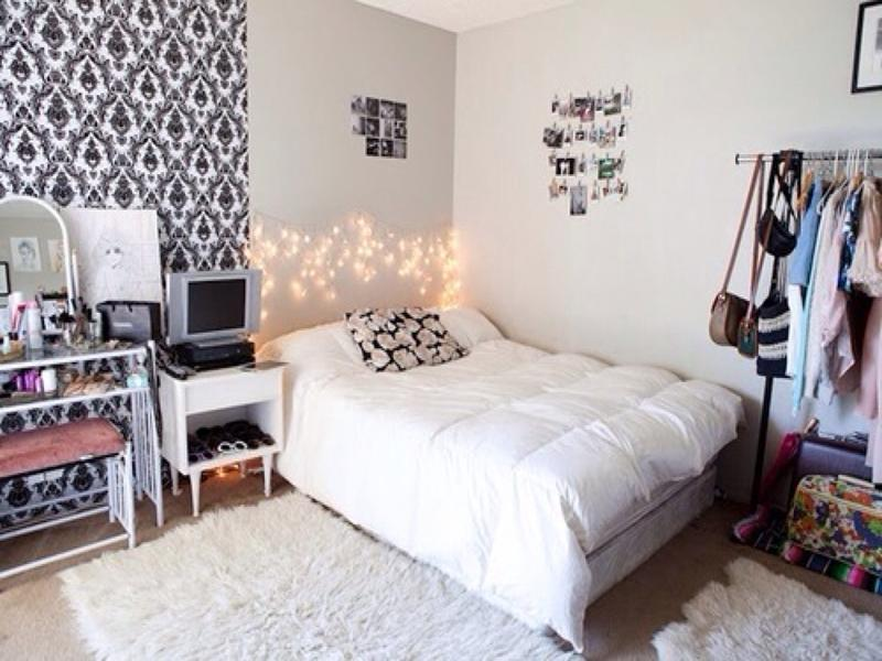 white and black as a base of the bedroom.