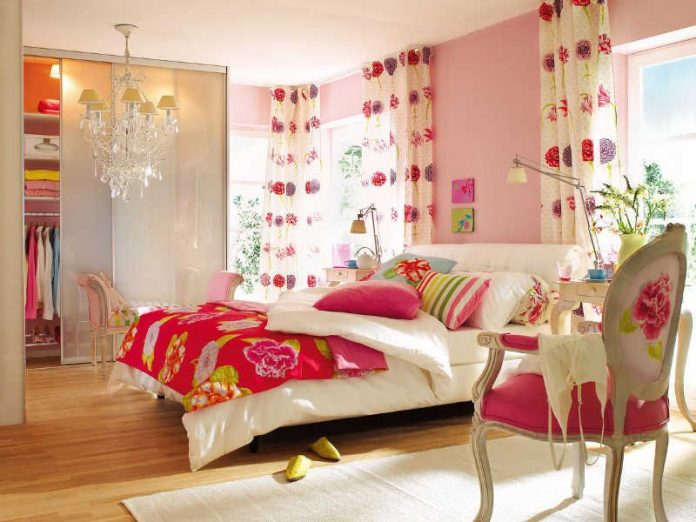 Bright Colors for The Bedroom Ideas
