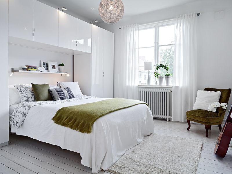beutiful tiny bedroom.