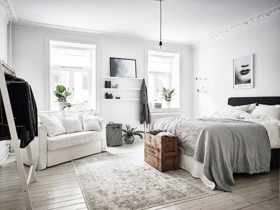 Arrange the furniture as neat as possible.