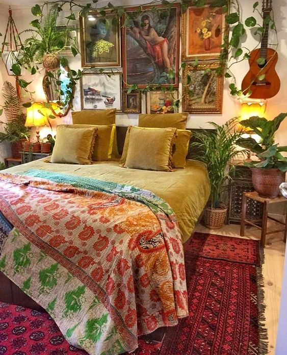 bright colors for bohemian-style bedroom.