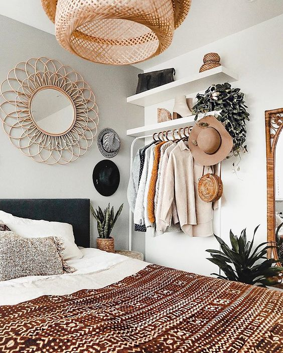 use neutral color for the Bohemian-style bedroom.