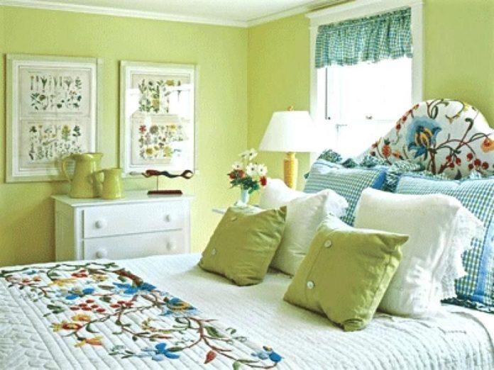 Having A Comfortable Green Living Bedroom