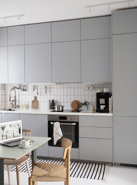 minimalist scandinavian kitchen