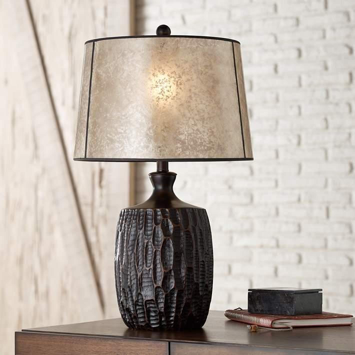 rustic farmhouse lampshade table