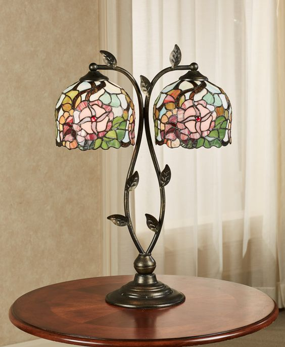 floral stained table lamp