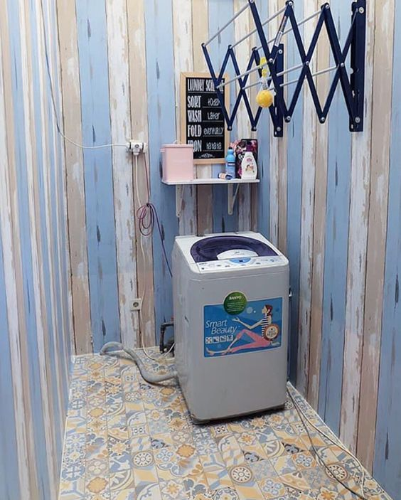 Using Wall Mounted Dryer For Saving Space