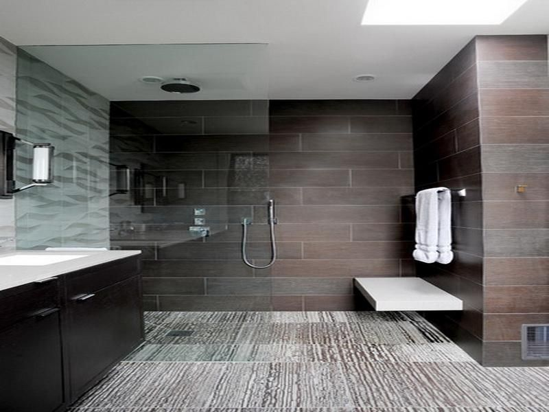 Modern Bathroom with Ceramic Walls