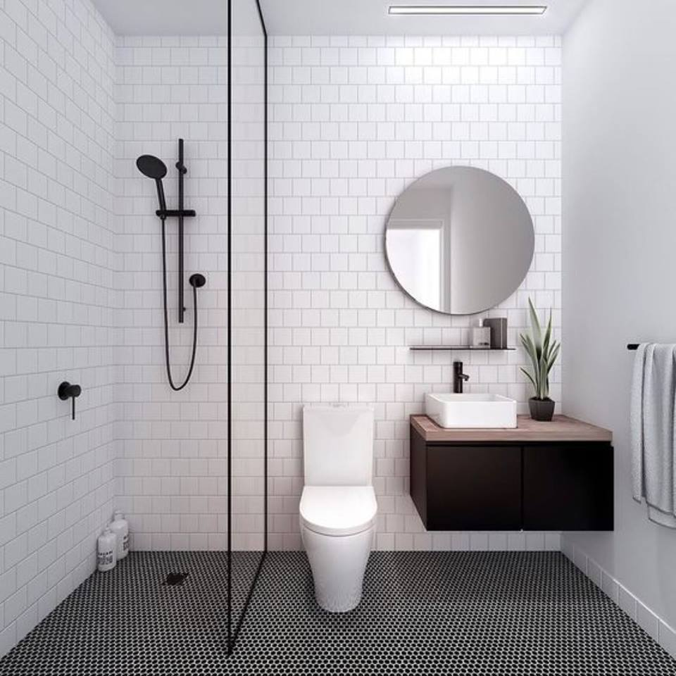 Modern Bathroom with Simple Decor