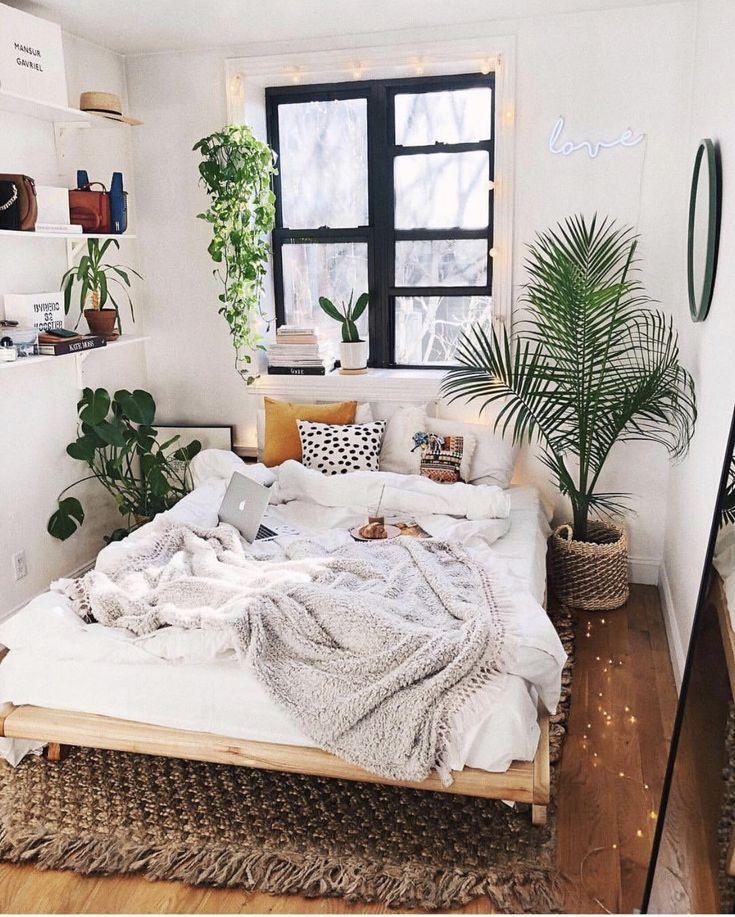 Minimalist Bohemian Bedroom Design