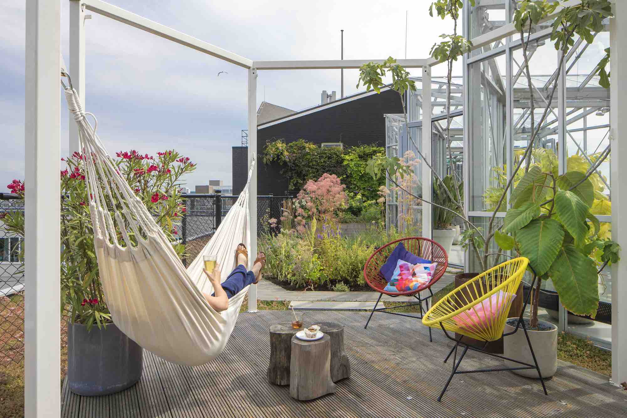 Rooftop Gardens For You To Relax