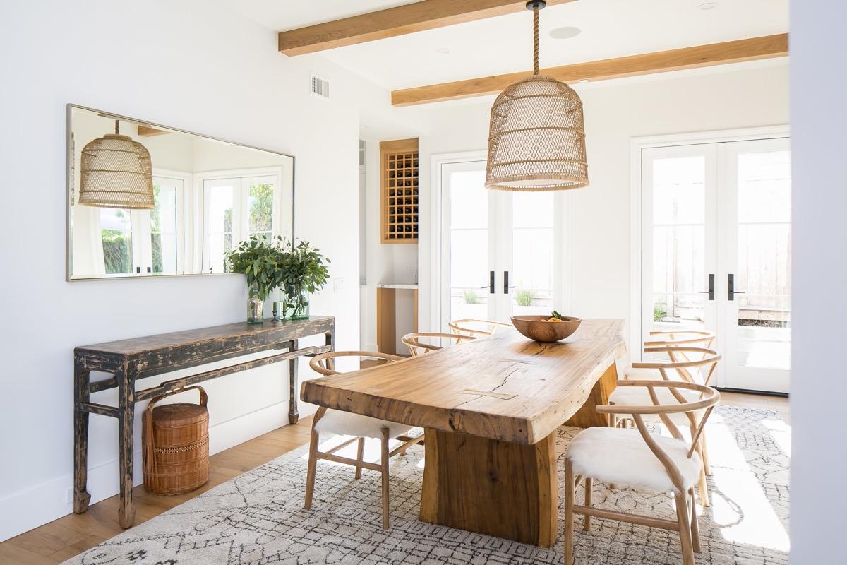 Rustic Interior Design - Dining Room