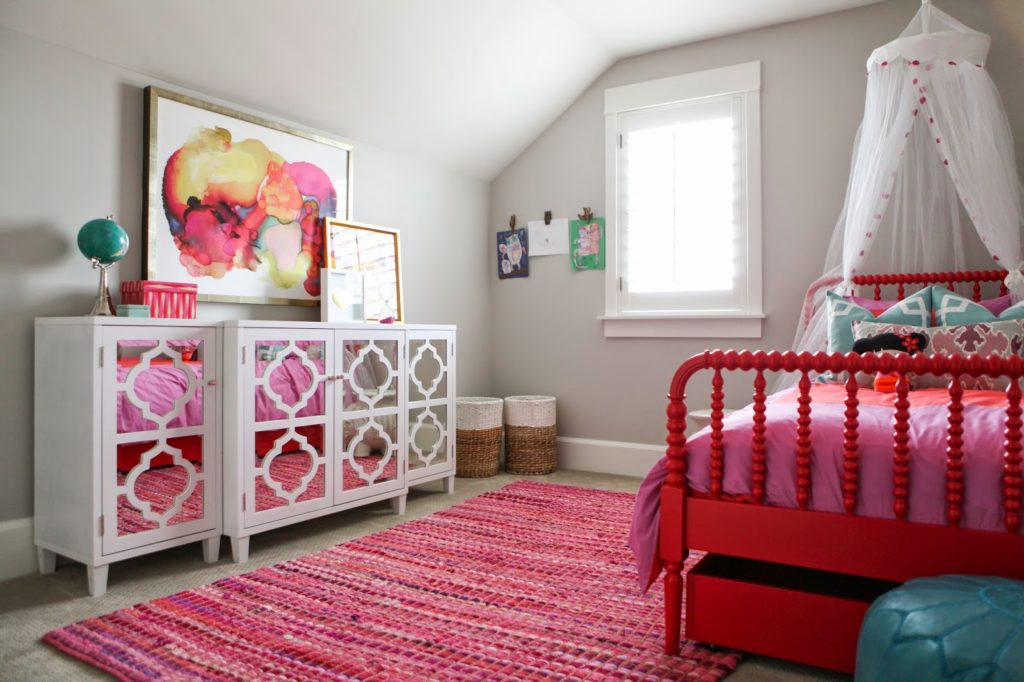 Pink Small Bedroom