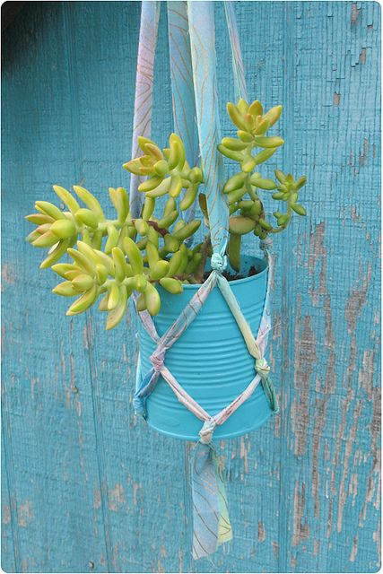 A Simple Hanging Planter