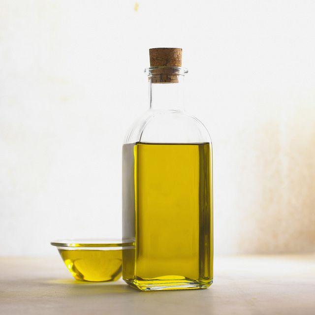 Pour Vegetable Oil